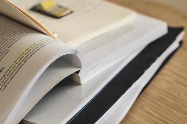 study-2208047_640